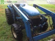 New Holland 1630 Traktor