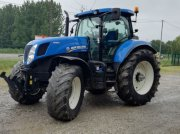New Holland T7.235AC Traktor