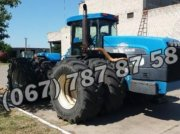 New Holland 9884 Traktor
